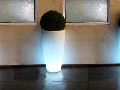 LED Curved Planter