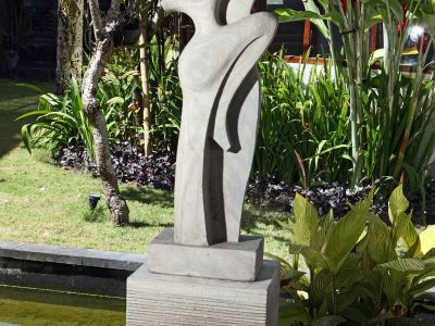 Dancers sculpture