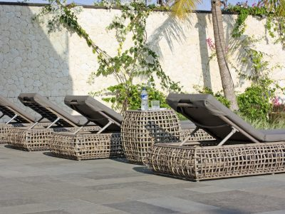 Dynasty loungers