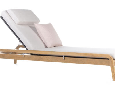 White sun lounger with wooden legs
