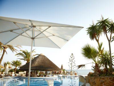 Riviera centre parasols